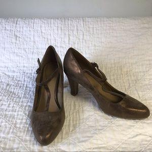 MODCLOTH | Gomax copper brown heels